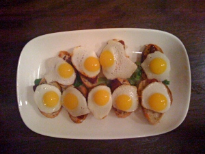 quail eggs with bacon